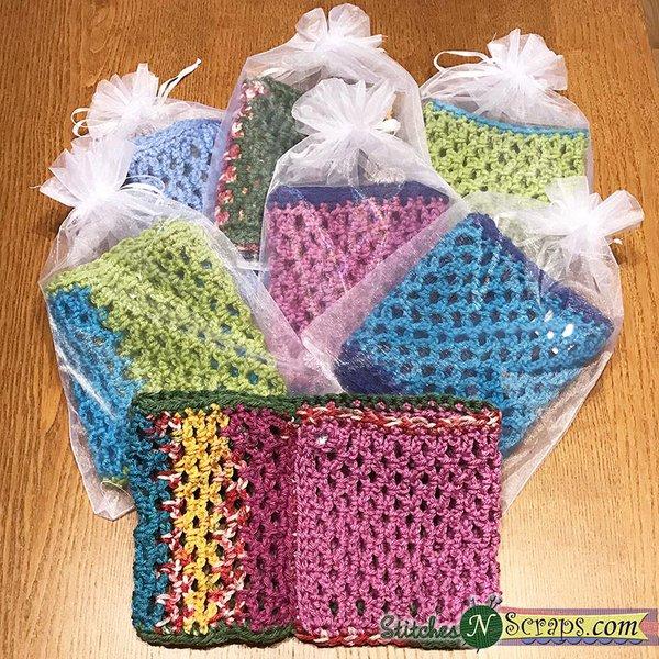 Beginner's Crochet Cowl in Gift Bags