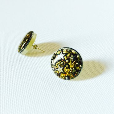 Pair of star stud button earrings