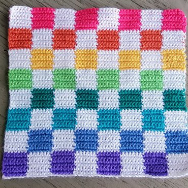 Rainbow crochet checkers game board