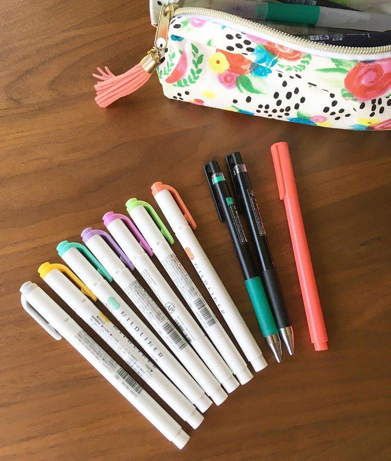 Ballpoint pen, gel pens, mildliners