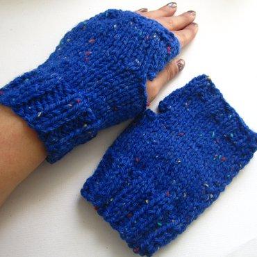 Pair of blue confetti knit cuffed wristwarmers