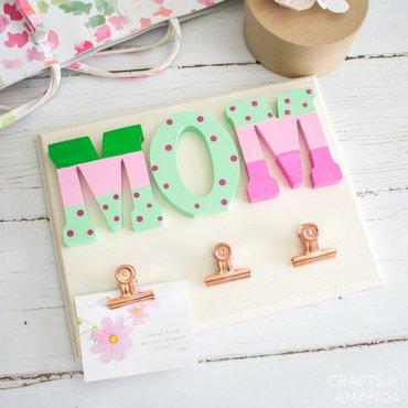 Finished photo holder for mom