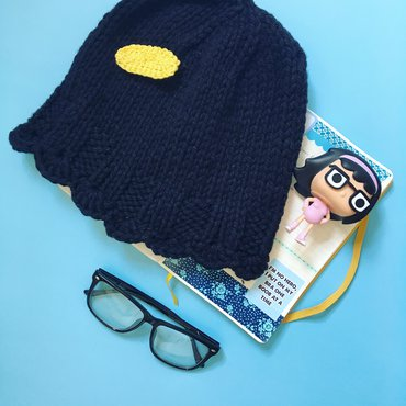 Tina Belcher knit hat finished; funko pop Tina belcher; glasses and planner